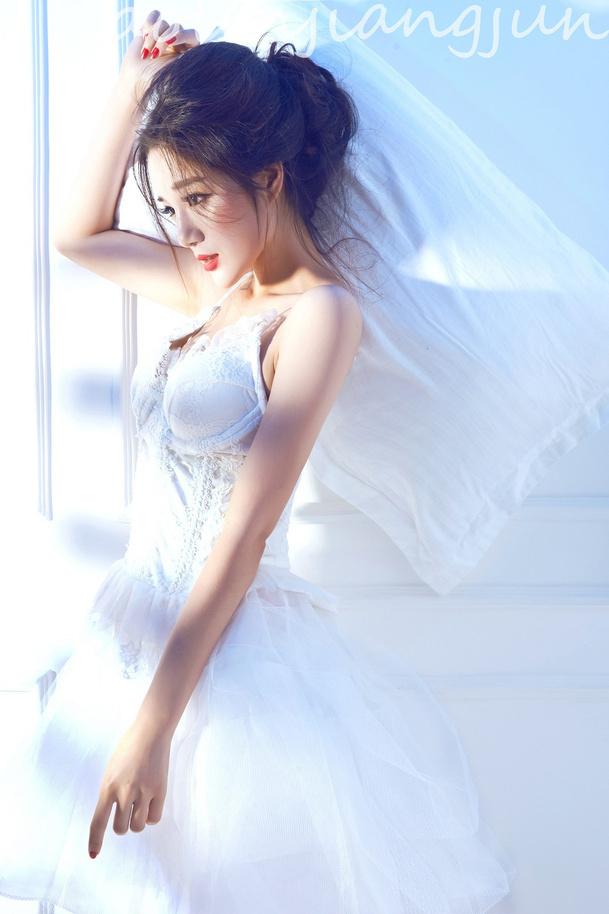 旅拍型白紗